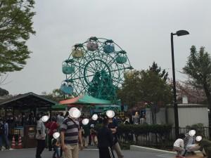 京都市動物園の小さな遊園地