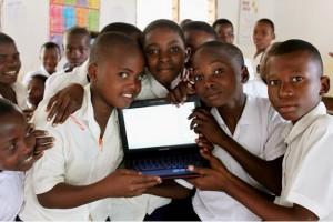Africa Children Using Computers courtesy Afrikasafaris dot com