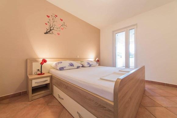 Apartma 1 (1)