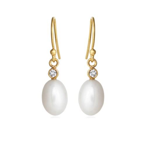 Klassiske perle øreringe