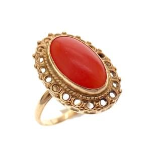 ring met roodkoraal goud