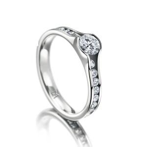 Verlobungsringe online entdecken Juwelier Winkler in Tirol. Die neuesten Styles & Trends in unterschiedlichen Ringformen & Variationen.