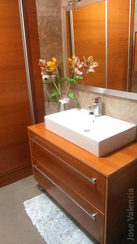 Mueble baño nogal Jose valencia carpintero