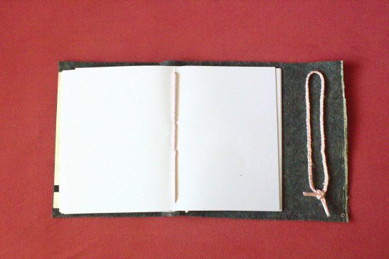 DIY Faux Leather Journal ¦ jvcksite.wordpress.com (12)