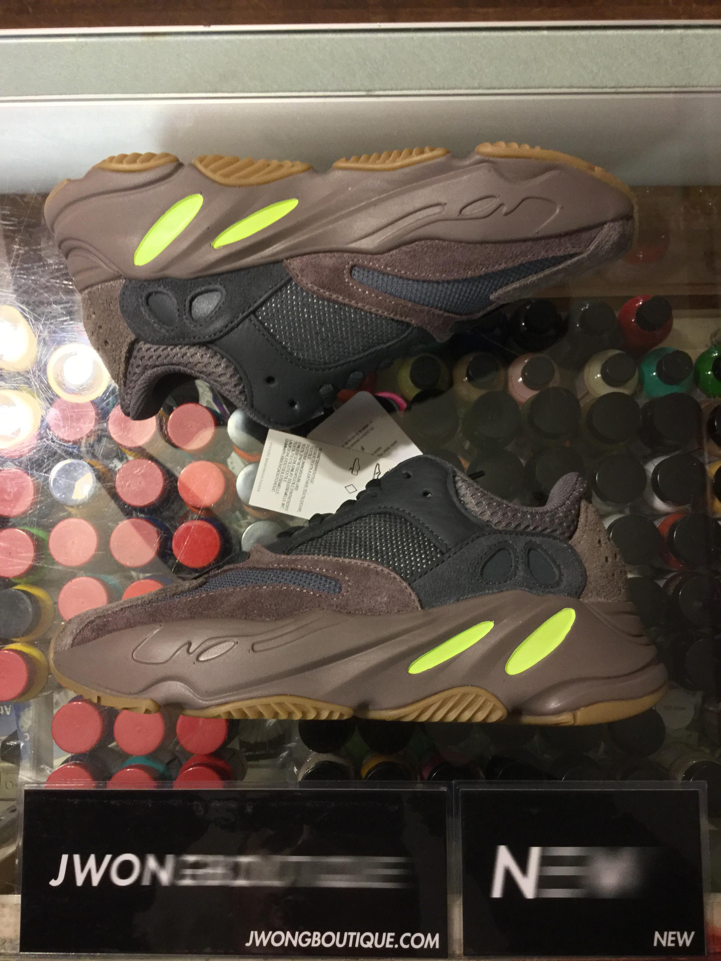 save off 54bf8 95d09 2018 Adidas Yeezy Boost 700 Mauve Youth