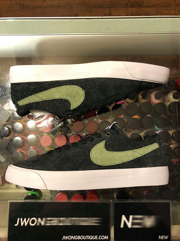 sports shoes de6f9 dc7fc 2018 Nike SB Stussy Zoom Blazer Low Palm Green