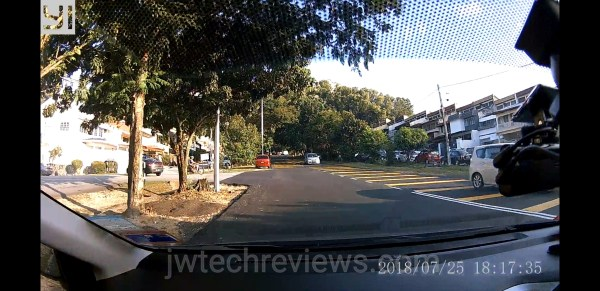 Screenshot_20180727-092737_YI Dashcam_wm