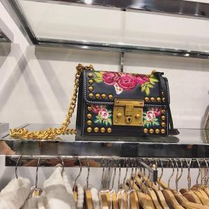 Women Embroidery Flowers Bag Fashion Flap Rivet Shoulder bags Messenger Bags Women Leather Handbags Fashion Chain Crossbody Bag