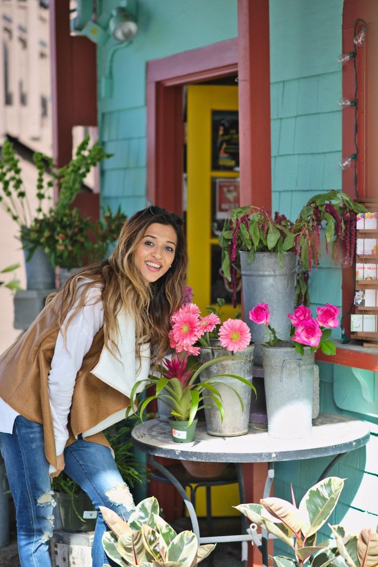 cuppajyo-sanfrancisco-fashion-lifestyle-blogger-flowers-brunch-santacruz-shearling-vest-feelthepiece-sweater-3