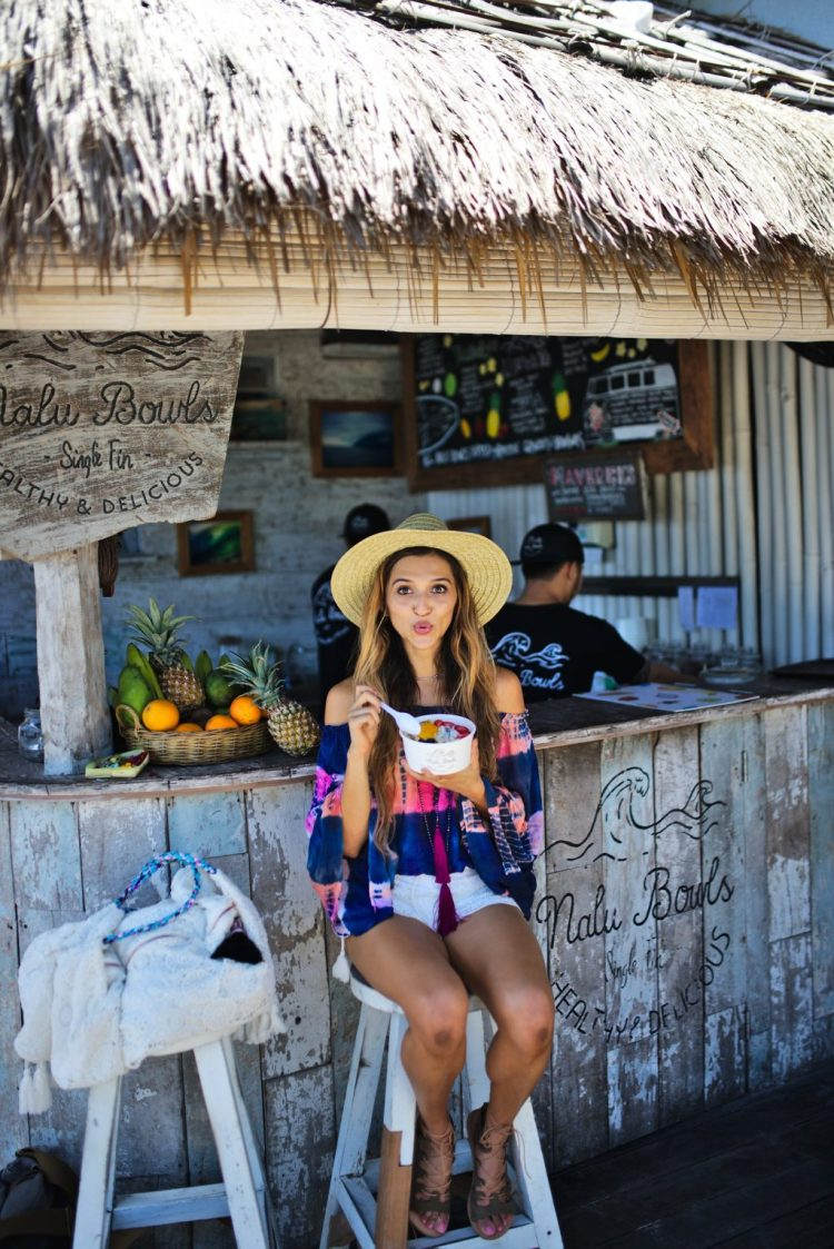 cuppajyo_lifestyle_fashion_travelblogger_bali_sundaysbeachclub_ungasan_sulubanbeach_nalubowls_revolve_tularosa_loversandfriends_travelguide_6