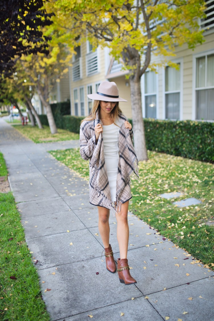 cuppajyo_style_travel_fashionblogger_sanfrancisco_bayarea_fallfashion_finallyfall_tartcollections_plaidcoat_whitedress_streetstyle_7