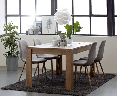 dinning room table and chairs padded folding chair dining set jysk oak fabric