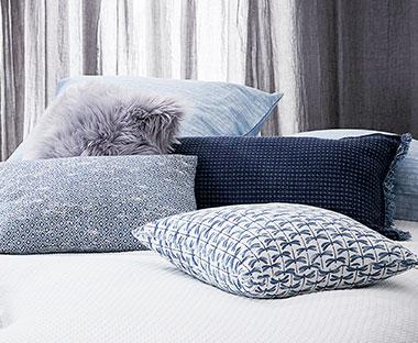 Poduszki ozdobne i dekoracyjne JYSK
