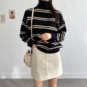 Turtleneck Knit Shirt