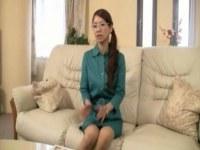夫婦の営みに不満を抱える素人熟女妻が初撮り奥様ドキュメント出演する日活 無料yu-tyubu