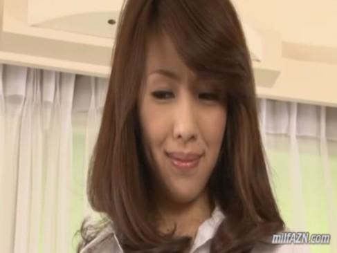 ノーパンパンストでパイパンおまんこを見せつけて誘惑するセレブ系四十路熟年女ひとずまのjyukujo動画画像無料