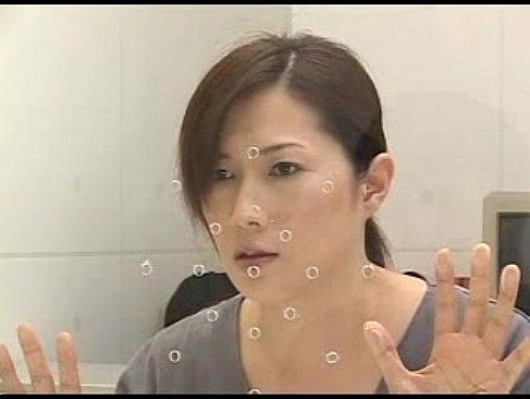 服役中の四十路熟女母が面会に来た息子と近親相姦する無料オバチャンノ-パン動画