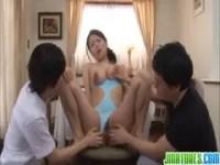 息子の友達にハメられる爆乳美熟女母のjyukujyo動画画像無料