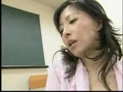 美熟女教師が性教育しているjukujyo動画画像無料