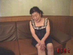 素人の還暦ばばあのリアルセックスがみれるおばさん動画