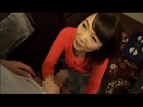 童貞の息子を優しく筆おろしする五十路熟女母が淫乱過ぎる塾女性雑誌50代 動画