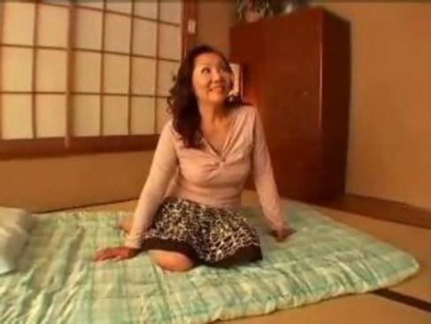 素人の五十路おばさんが夫婦の営みに飽きて浮気セックスする日活 無料yu-tyubu