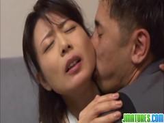 三浦恵理子が快感に負ける熟年夫婦動画無料