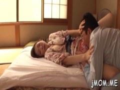 貞淑な四十路美熟女妻が浴衣姿でおまんこを弄られ妖艶に喘いでる日活 無料yu-tyubu