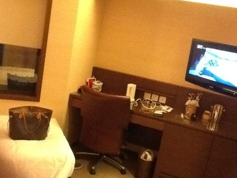 Jyunbugspeaks in Hong Kong: I've arrived in style at The Eaton Hotel HK (5/6)