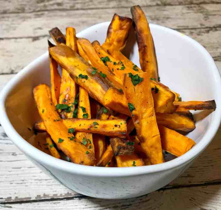 Whole30 Recipes: Air Fryer Sweet Potato Fries