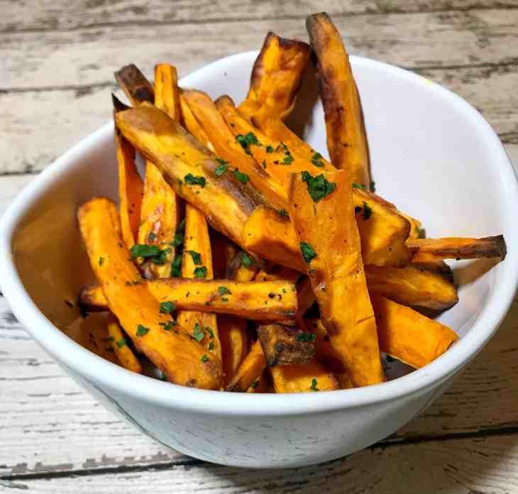 Whole30 Recipes: Air Fryer Sweet Potato Fries