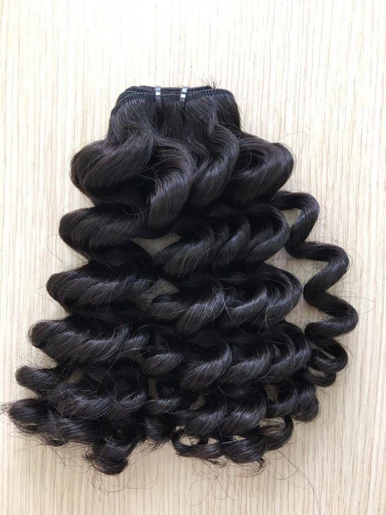 I Loose Curly Natural Black Vietnamese Woman Weft Hair