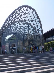 K in Motion Travel Blog. 9 Fun Things to do in Baku. Entrance to the Funicular