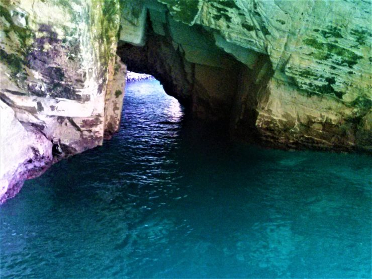 K in Motion Travel Blog. Historic and Natural Places to See in Northern Israel. Rosh Hanikra Grotto