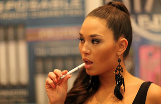 FDA to control e-cigarettes