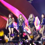 2NE1フォトギャラリー2015 MAMA/2015 Mnet Asian Music Awardsより