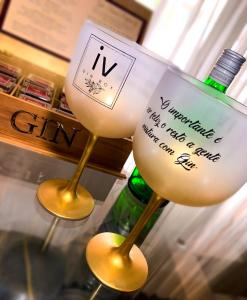 Taça Gin Degradê dourada IV