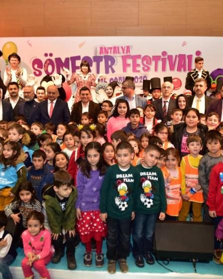 """Kepez'in """"Antalya Sömestir Festivali"""" başladı 1"""