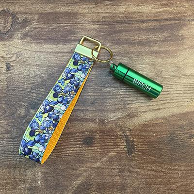 Iris Wristlet with Birch Green Tube