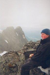 Birgit Hem på toppen av Oliskarstind