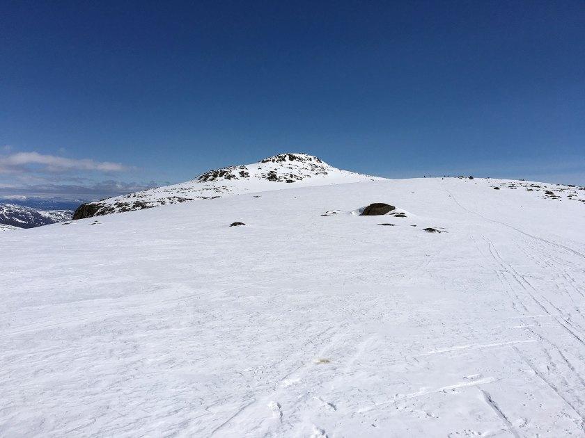 Rasletinden (2105 moh.) i sikte.