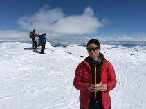 Marianne Wahltsrøm på toppen av Austre Kalvehøgde (2178 moh.).