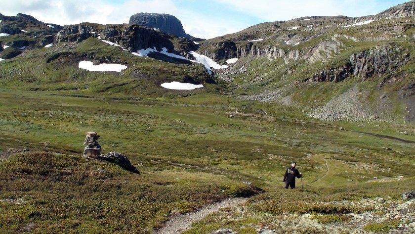 Ned fra Falkabrotet og ut på myrene før Smøygsdal.