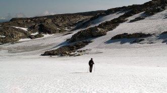 Snø, stein, menneske.