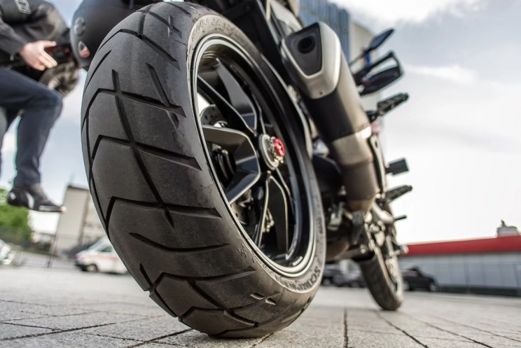 Los Angeles Motorcycle Accident Lawyer