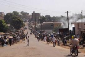 Labé: des femmes manifestent contre le délestage ducourant électrique dans leur secteur