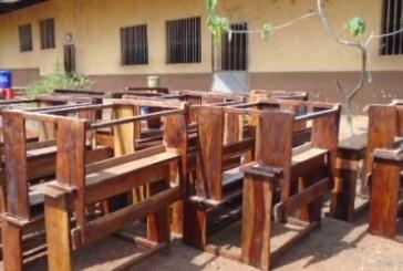 Labé : malgré l'interdiction des responsables font payer aux élèves le prix des table-bancs