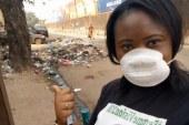 Des selfies devant les déchets : les images choc pour assainir la Guinée