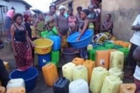 Pénurie d'eau à Conakry : Salmana DIALLO de la société civile dénonce et accuse la SEG d'escroquer les pauvres citoyens