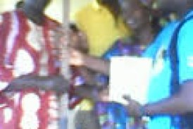 Boké: Remise des matériels d'assainissement aux trois ONG d'assainissement de la CU